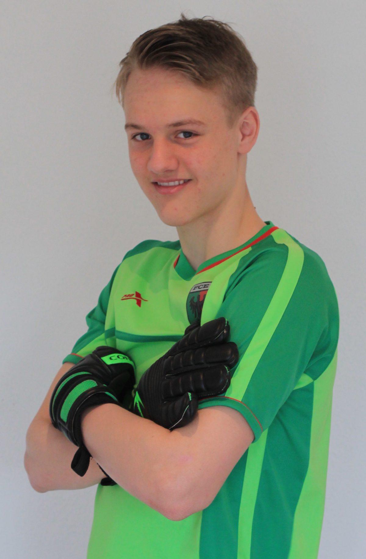 Foto Torspieler Theo (Theo Saubert) im Trikot des FC Esslingen (Quelle: torspielertraining.de)