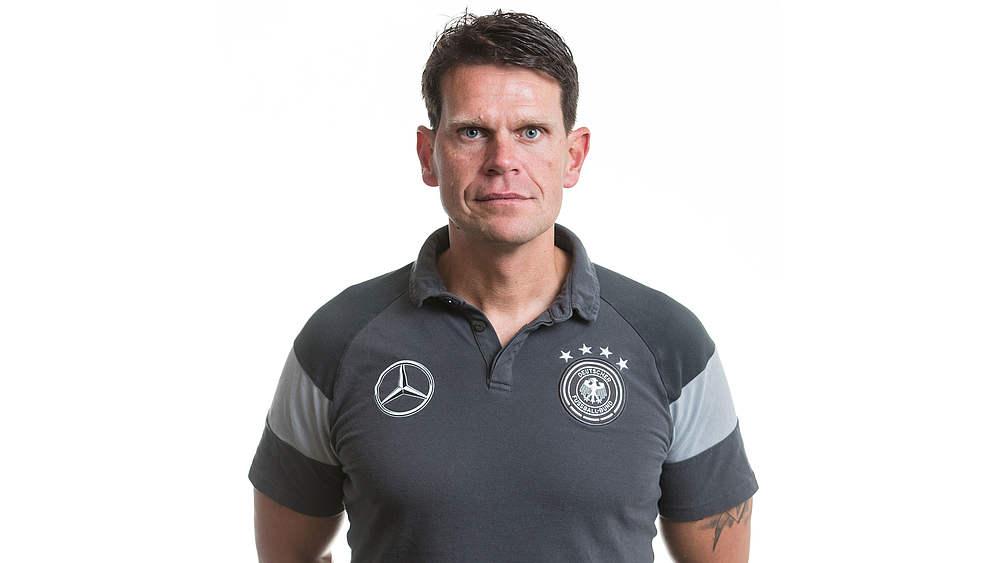 Bild: Ilja Hofstädt, Torwart-Trainer der U17-Nationalmannschaft, Torwartkoordinator und Leiter der Torwartschule von Hertha BSC